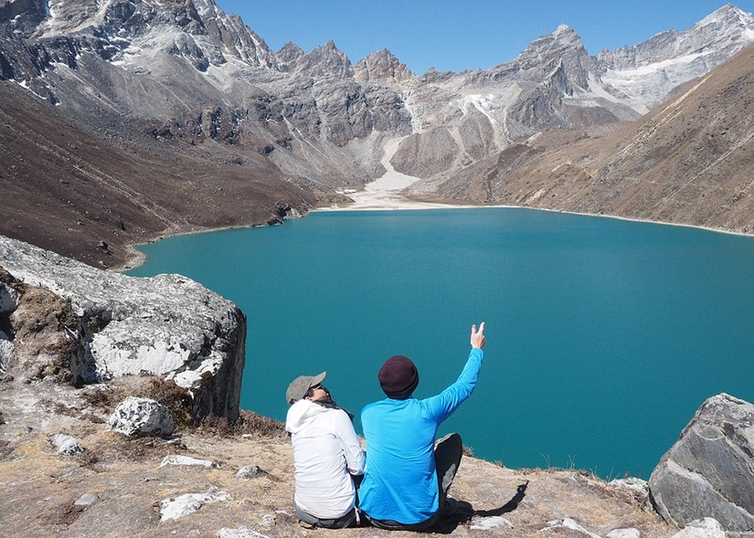 gokyo lake trekking