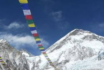 Everest Base Camp packing list can be divided into three categories. They are essentials, trekking clothes during trek and Everest Base Camp trek equipment list.